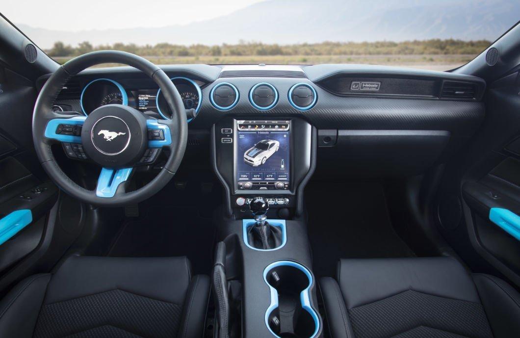 Салон Ford Mustang
