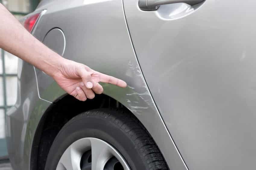 Как скрыть царапины и сколы при продаже авто
