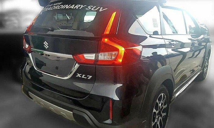 Кроссовер Suzuki XL7