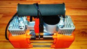 автомобильный компрессор Bort BLK 700 2